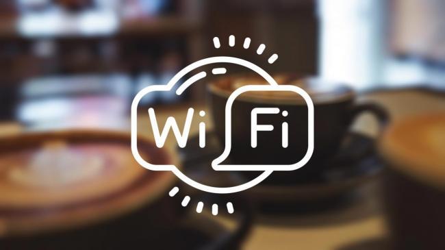 ne-stoit-ispolzovat-publichnyj-wi-fi.jpeg